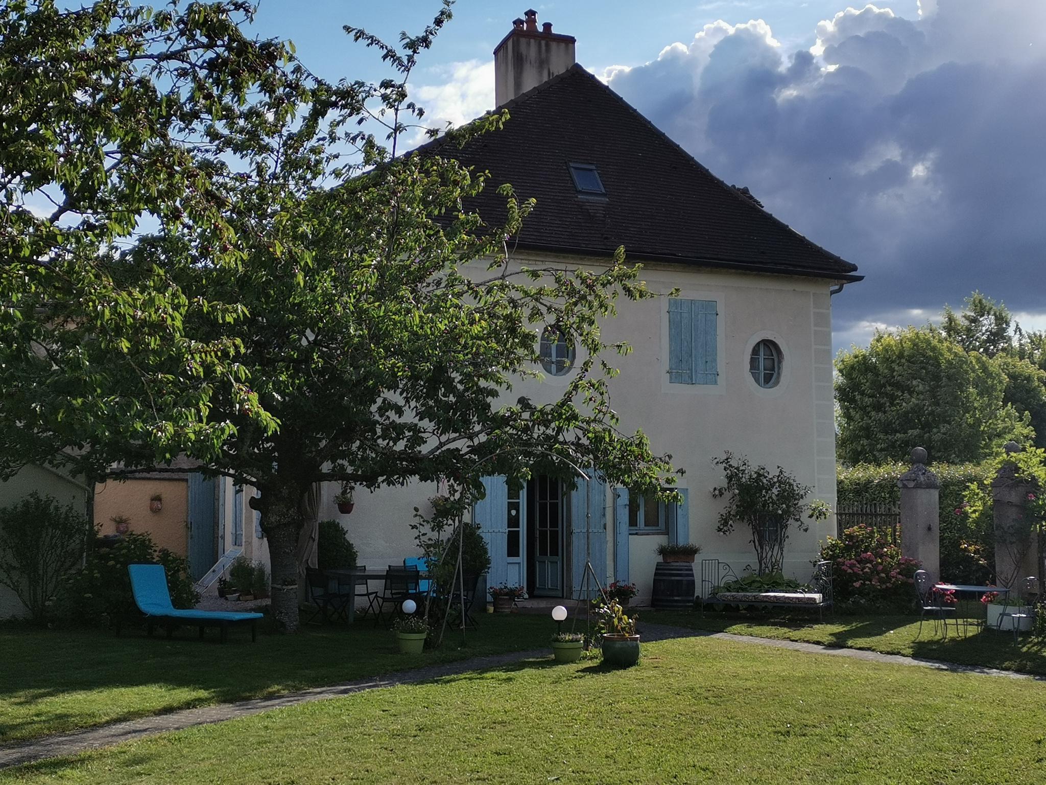Vente maison/villa st loup geanges Boulangerie - Pharmacie - Intermarch�
