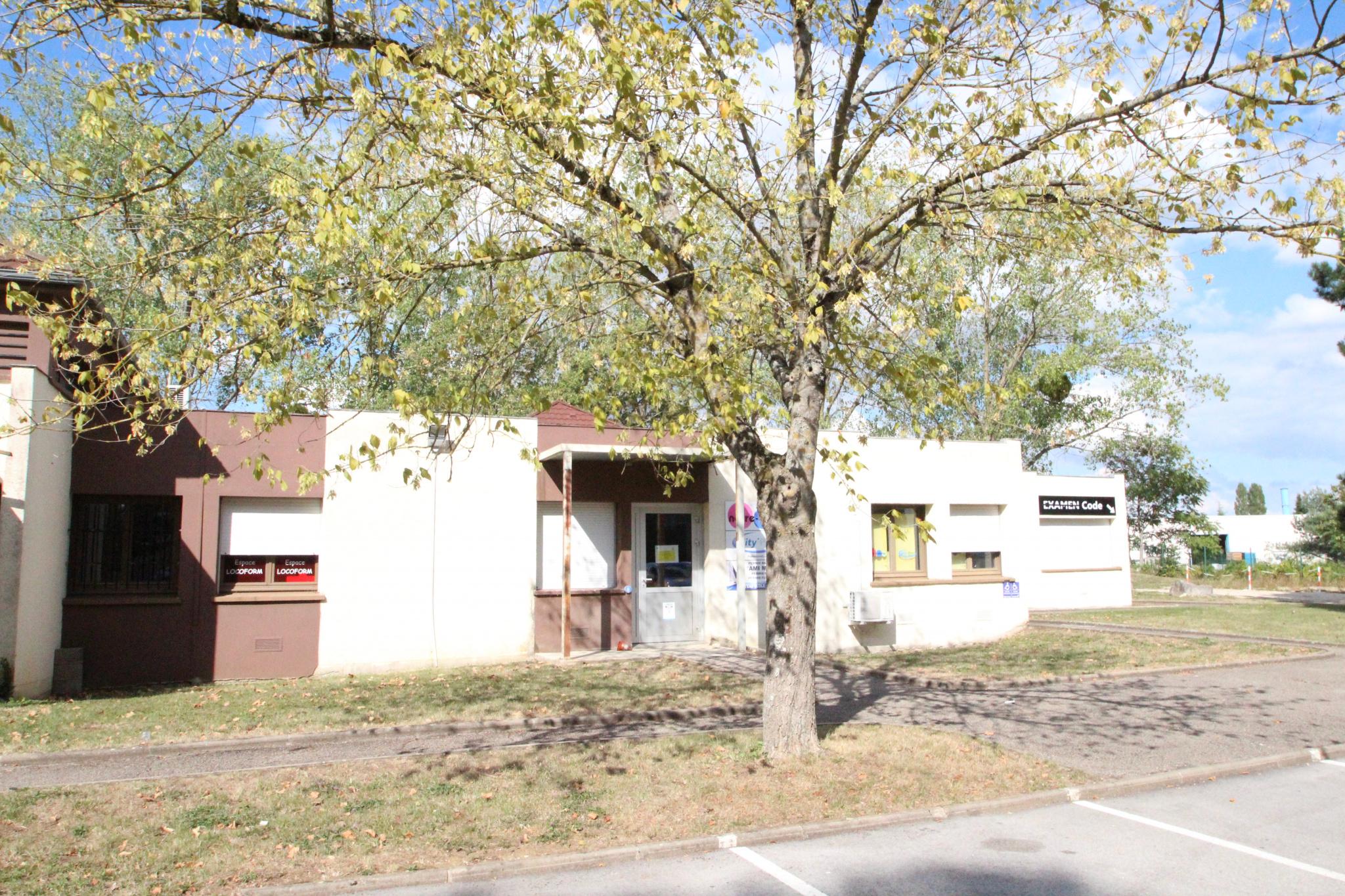 vente bureaux dijon Proximit� rocade - A31 et A39 - CFA de La Noue - Poste - Restauration - Centre d'Affaires -